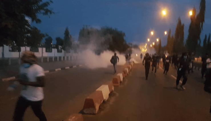 #EndSARS: Protesters Run For Safety As Police Spray Tear Gas, See Photos