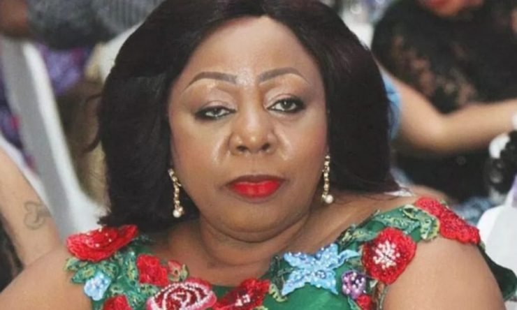 #EndSARS: Senator Ita-Giwa Pleads With Youths, Says Politicians Have Failed (Video)