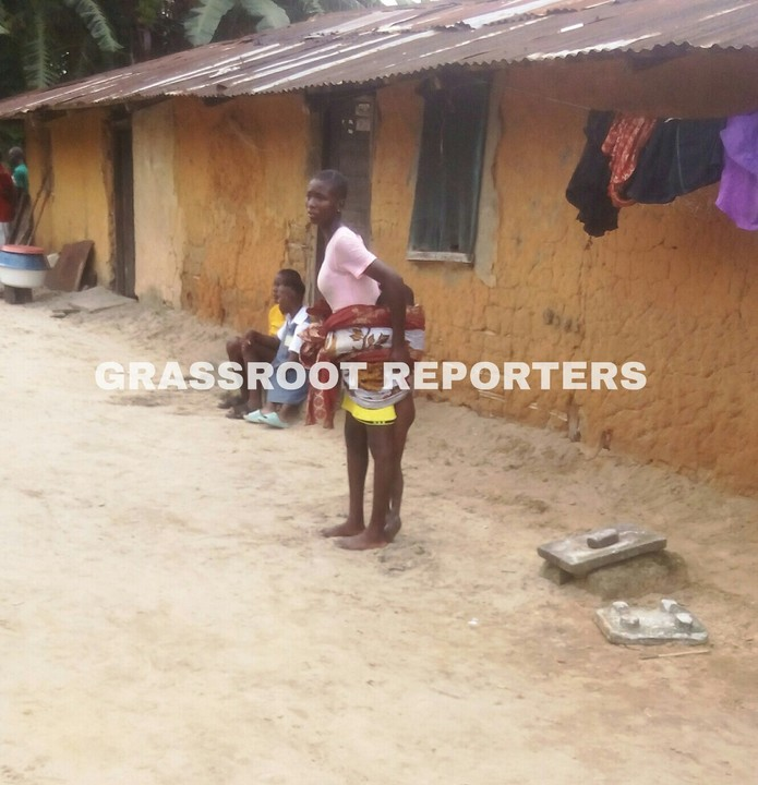 """Girl Force To Carry Dead Child For """"Feeding Him With Poisonous Leaf"""" 