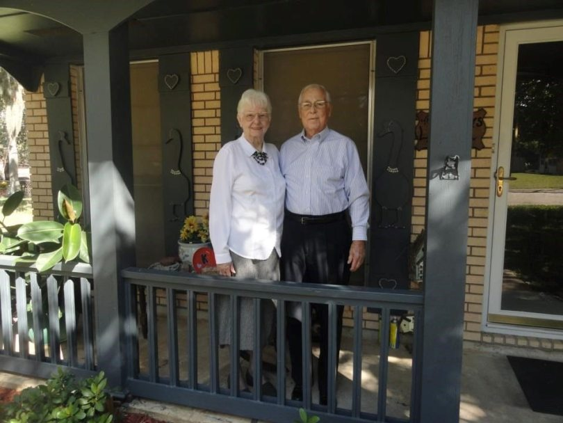 Texas Couple Married for 62 Years Passes Away While Holding Hands