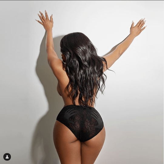 Hollywood actress Niecey Nash celebrates 50th birthday with topless photos