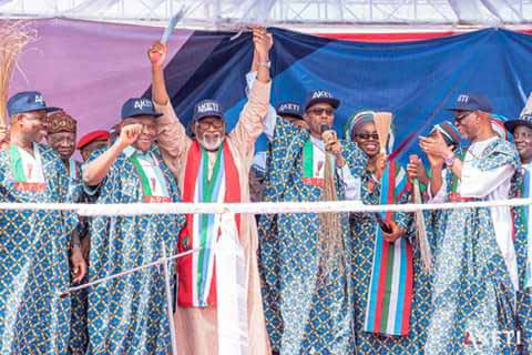 PRESIDENT BUHARI MAKES LAST-MINUTE PITCH FOR AKEREDOLU IN SATURDAY POLLS