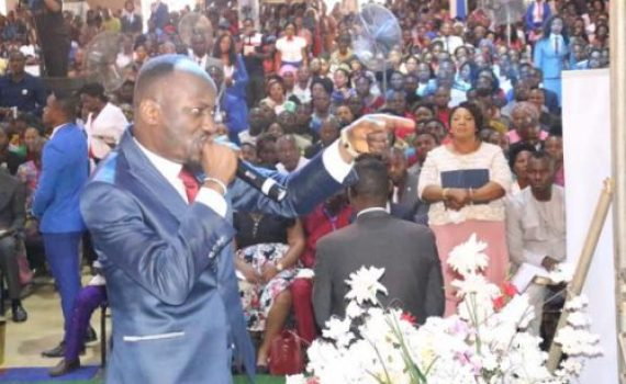 Miracle Baby, Jobs, Healings At Apostle Suleman's Enugu Crusade
