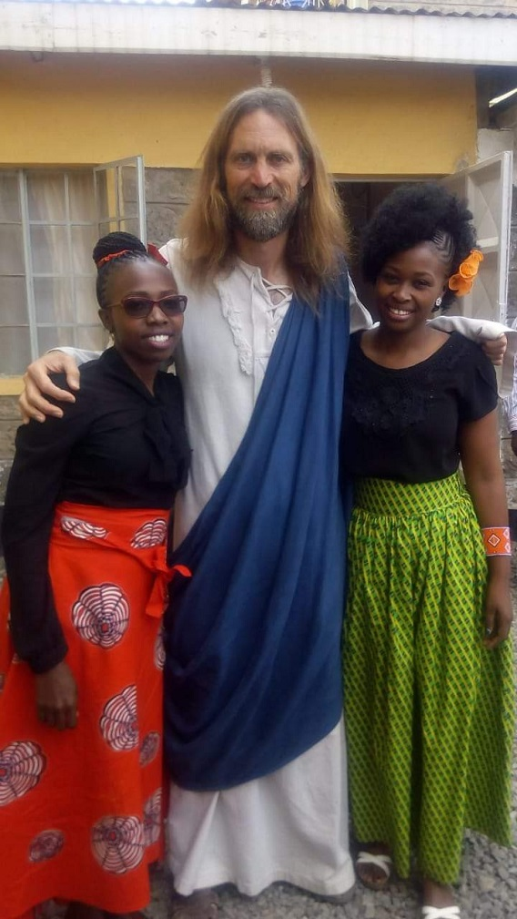 The fake Jesus with his fans