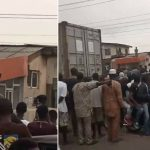 WAHALA!!! Nigerian Woman mysteriously seen on the roof of a Building in Ejigbo, Lagos (video)