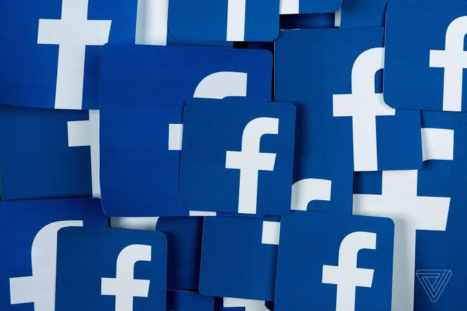 Facebook to Rank Comments to Make Conversations Meaningful 36