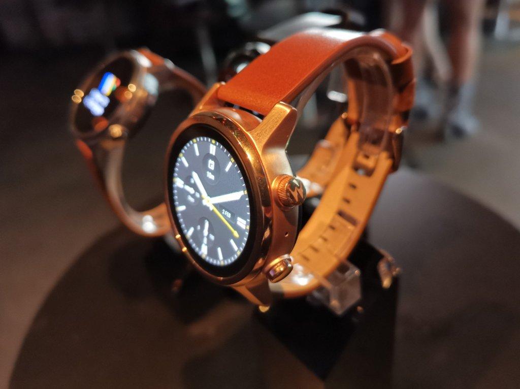 Moto360 Smartwatch 1