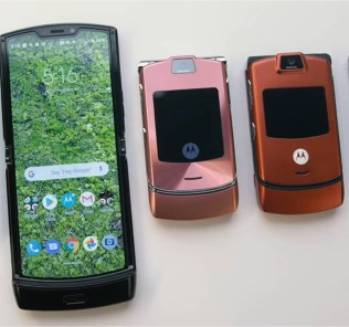 Motorola RAZR Hands-on: It a throwback 31