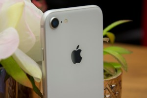 apple to launch iPhone 9 in March as a budget device 48