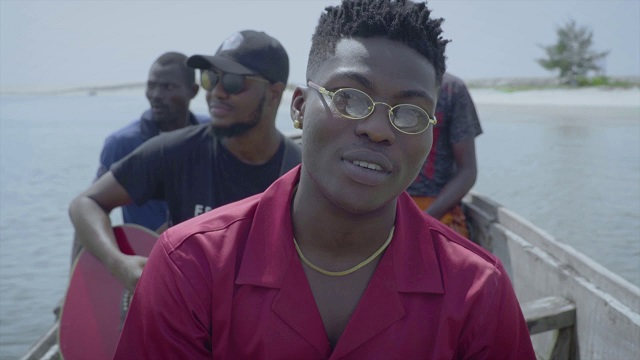 Reekado Banks Rora (Acoustic Version) Video