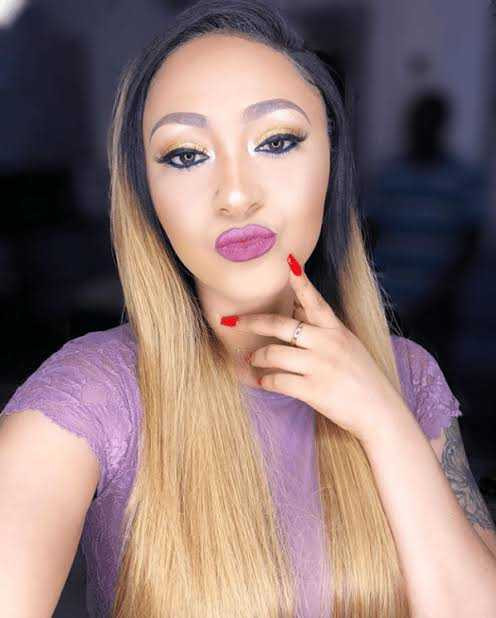 ?Bunch of Hypocrites? ? Rosy Meurer responds after she was bashed for her post shading single ladies (videos)