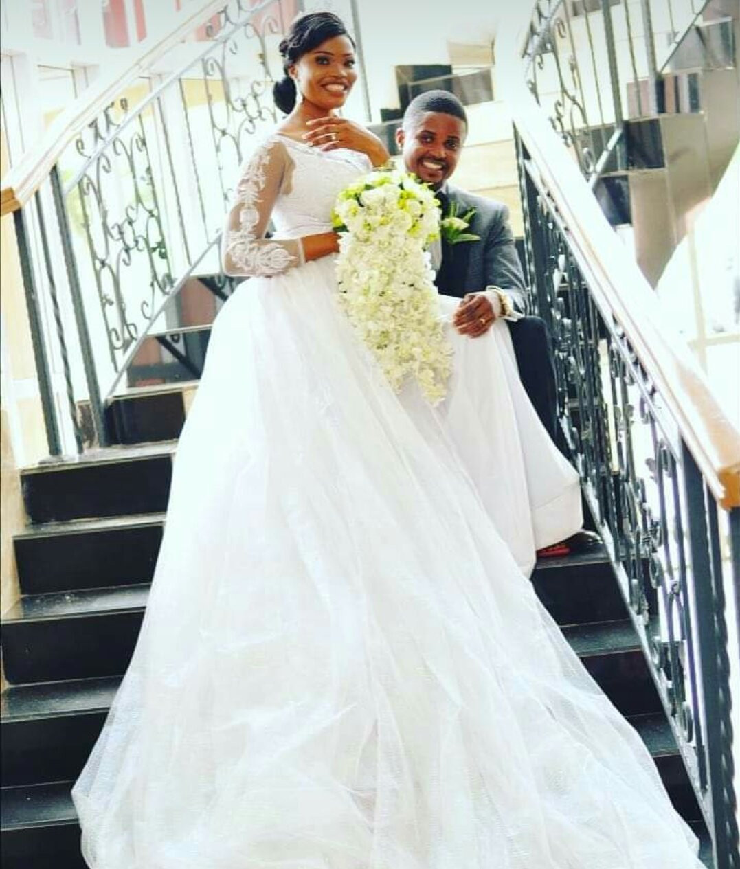 """6131588304eef - """"JAMB lesson teacher turned hubby"""" Woman writes as she celebrates wedding anniversary with her former teacher"""