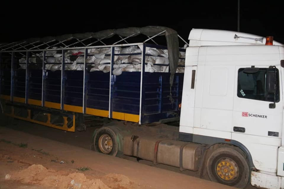 Kano anti-graft agency arrests suspects with two trailers loaded with toxic and expired maize