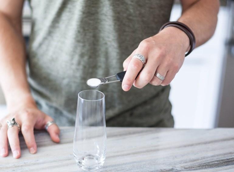 add sugar to glass