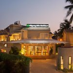 whispering-palms-resort