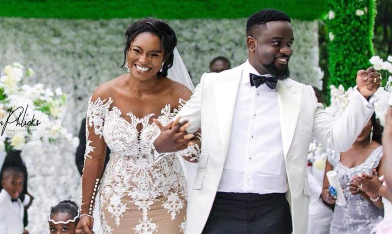 """Tracy Should Divorce Sarkodie For Removing His Wedding Ring"" – Counsellor Lutterodt"