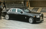 Moment Floyd Mayweather's $450,000 Rolls-Royce Phantom Hits Another Vehicle