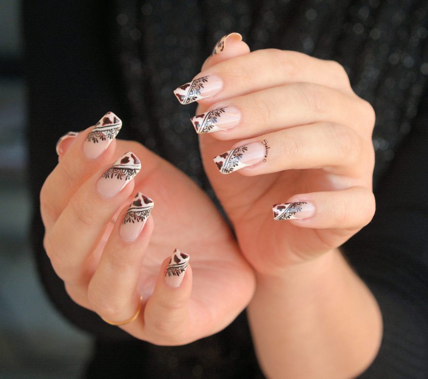 NAIL ART COW GIRL 7