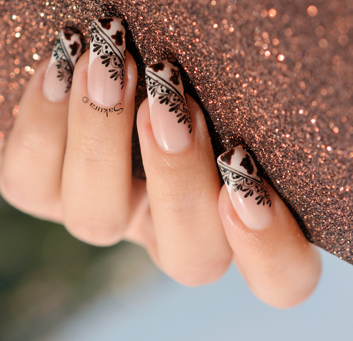 NAIL ART COW GIRL 8