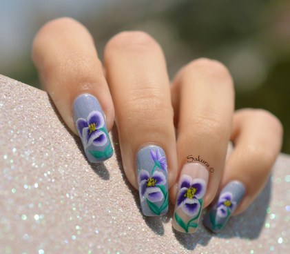 NAIL ART ONE STROKE PENSEES 3