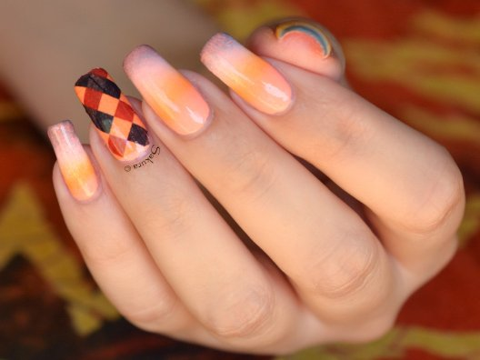 NAIL ART GRADIENT FLASHY