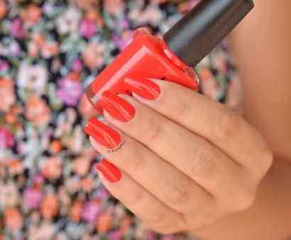 ASTRA NAILS RED 2