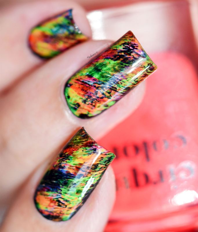 NAIL ART GRAFFITIS FLUOS 17