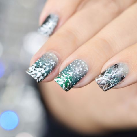 NAIL ART ITS RAINING SNOW 3