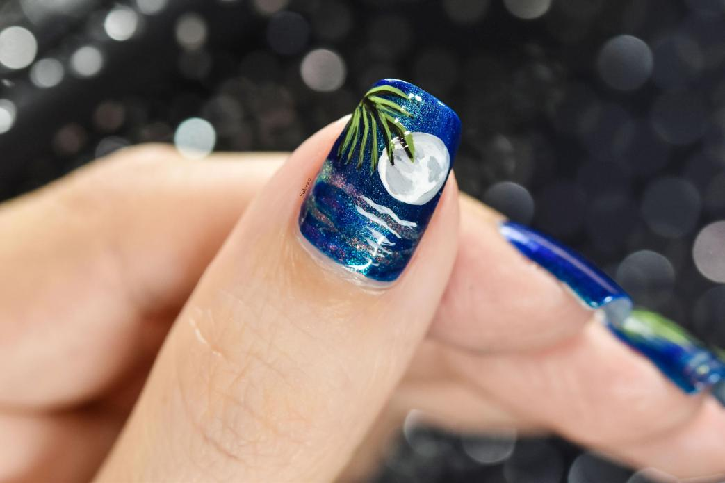 NAIL ART MOONLIGHT ON THE WATER