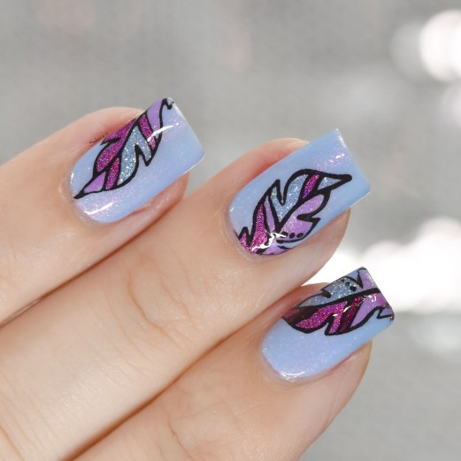 NAIL ART FEATHER 2