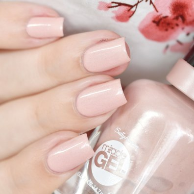 SALLY HANSEN REGAL ROSE 3