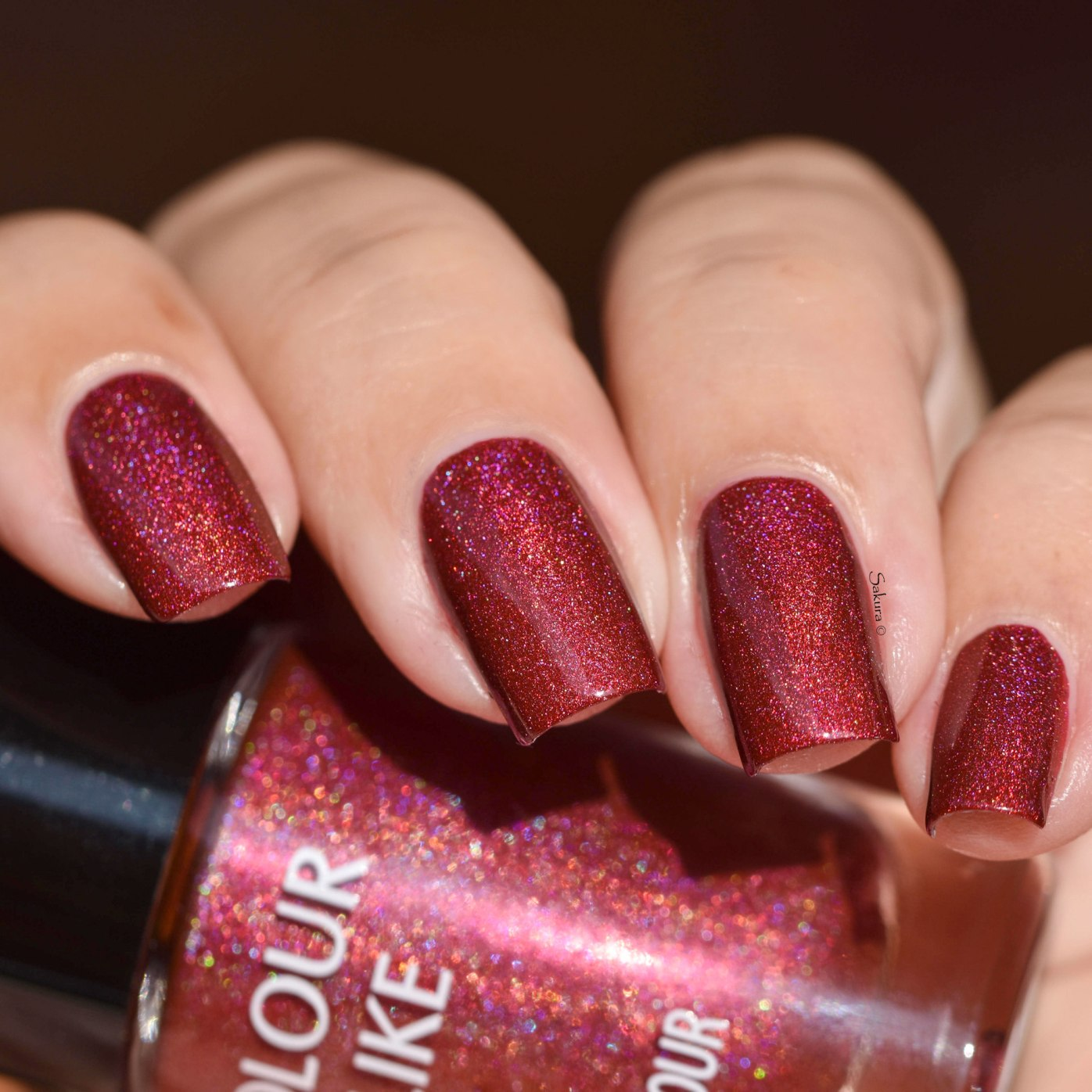 COLOUR ALIKE RED PEAR H 4 5