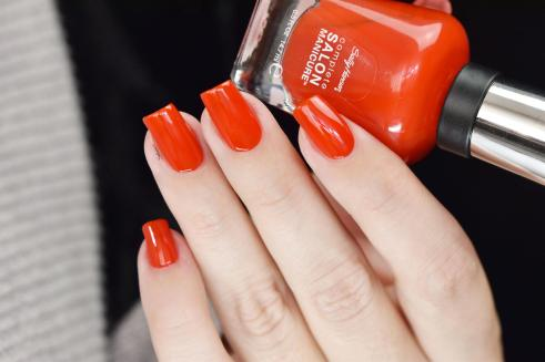 SALLY HANSEN NEW FLAME 5