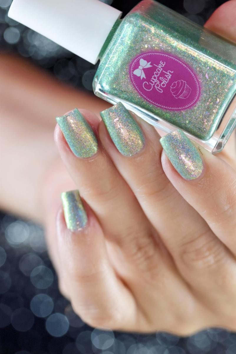 CUPCAKE POLISH MERMAIDS IN MALIBU 10