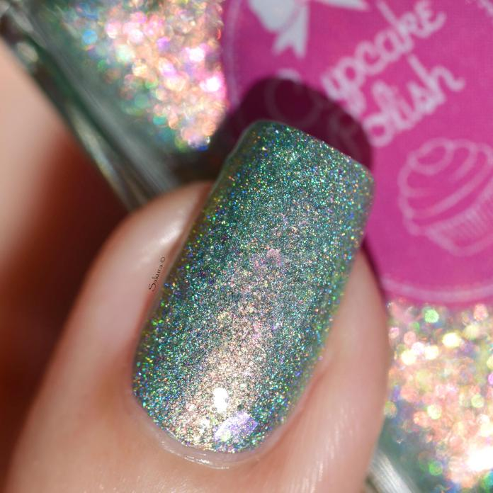CUPCAKE POLISH MERMAIDS IN MALIBU 3