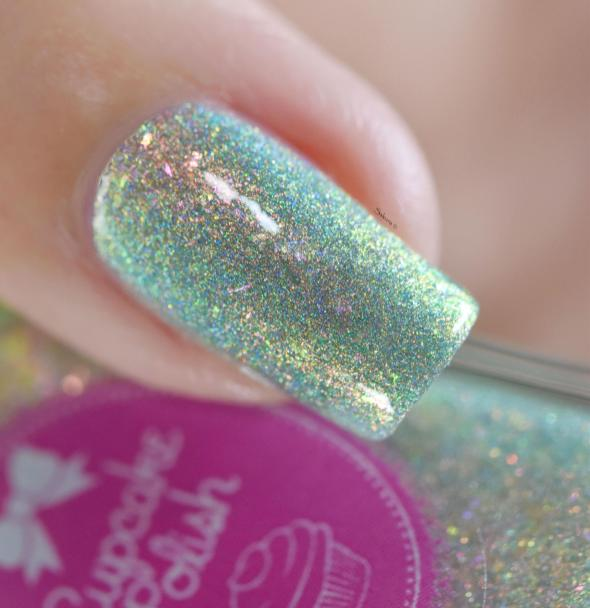 CUPCAKE POLISH MERMAIDS IN MALIBU 9