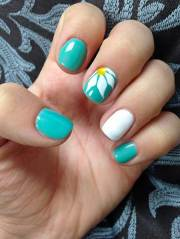 cute & easy nail design spring