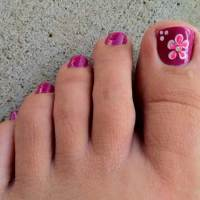 Simple Toenail Designs for Summer