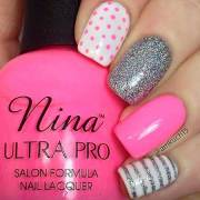 cute & easy nail design spring