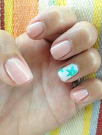 2017's Best Beach Nail Designs