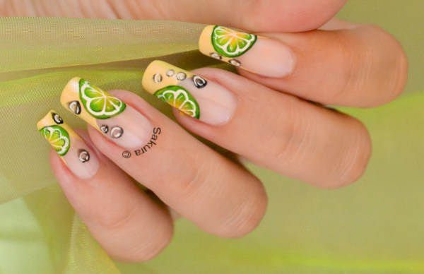NAIL ART CITRON