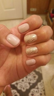 simple nail design short