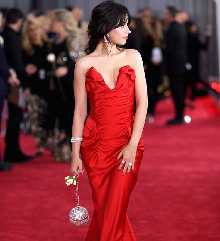 What Nail Polish Looks Good With Red Dress