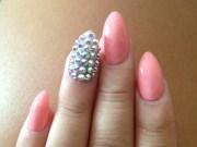 nails design with diamond