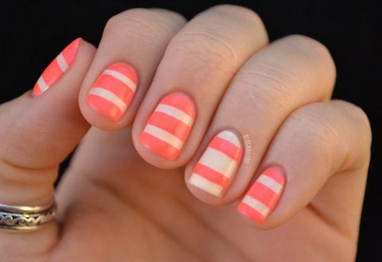 Pretty striped nail art
