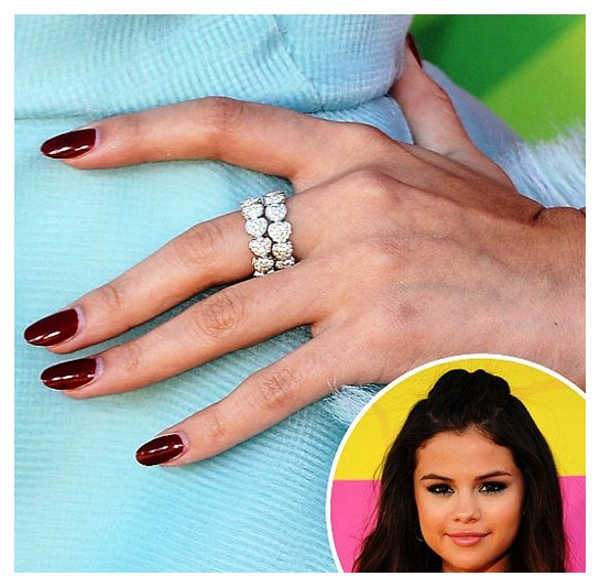Selena Gomez nails