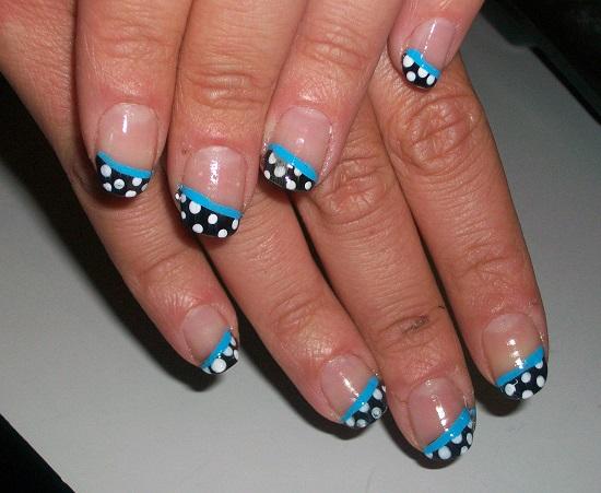 Polka Dots Nail Art