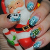 35 Santa Claus Nail Art Designs | Nail Design Ideaz