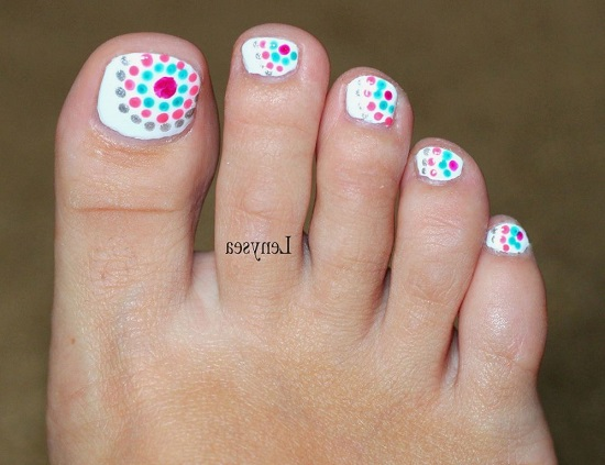 Multi Dot Toe Design