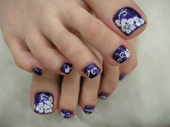 Purple Starry Image Credit Beautytipsmart 6 Stunning Flower Toe Nail Art